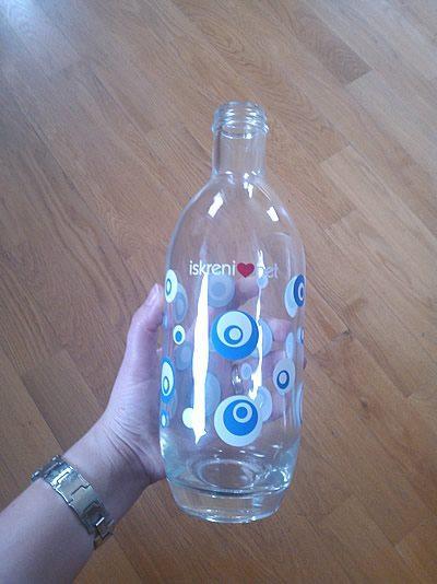 flaska-iskreni-net-z-zamaskom