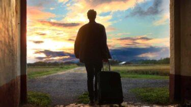 kovcek-odraslost-slovo-odhod-zacetek-potovanje