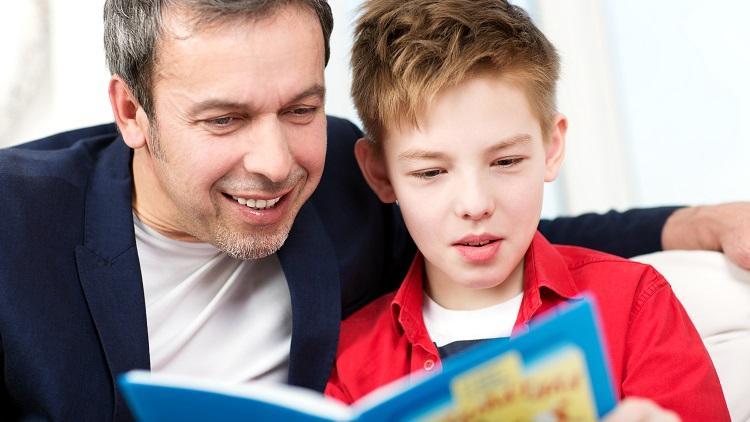 branje_otrok_oce